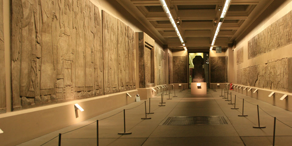 The-Assyrian-Gallery