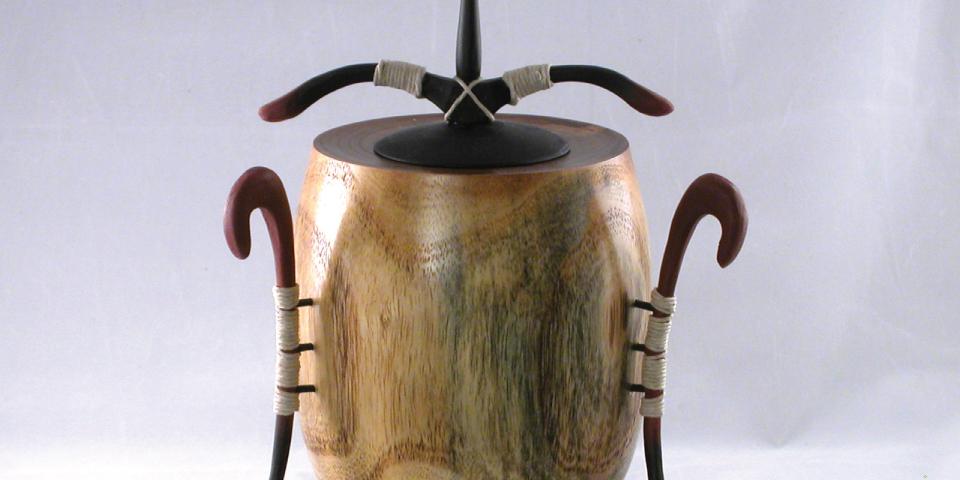 bill_beck-hollow_form_urn_28_960x480