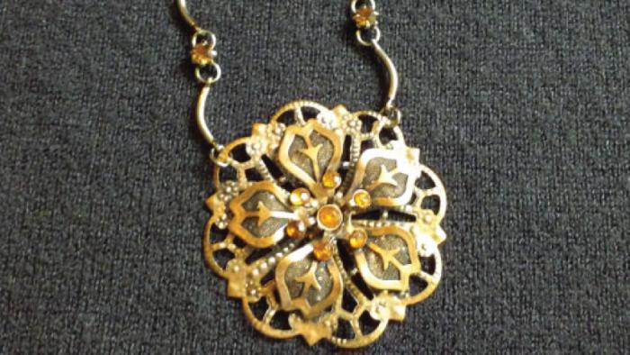 michelle_bianchi-bronze_flower_960x480